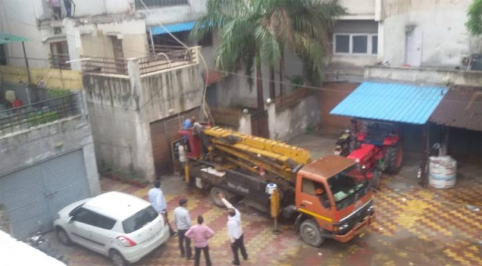 Noida Authority's action on illegal construction