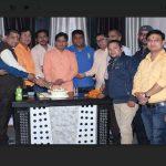 गढ़वाल सभा ने केक काटकर मनाया उत्तराखंड स्थापना दिवस