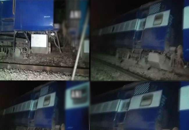 ट्रेन हादसा : पैसेंजर ट्रेन के 8 डिब्बे पटरी से उतरे, रेल मार्ग बंद