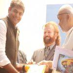 नीलकंठ पुरस्कार से प्रणव सम्मानित हुए शुक्ला