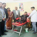 रक्तदान महादान : आधारशिला स्कूल में शिविर