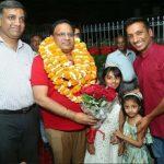 कैबिनेट मंत्री पहुंचे आर.के. चिलाना के निवास पर, हुआ जोरदार स्वागत