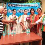 भाजपा प्रत्याशी कृष्णपाल गुर्जर की धर्मपत्नी ने संभाला चुनावी मोर्चा