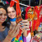 गोल्डन वर्क और चन्दन की राखी मार्केट (Rakhi Market) की बनी जान