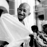 ...मजबूरी का नाम महात्मा गांधी क्यों ?