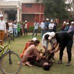 नेहरू कॉलेज में छात्रों को दी गई होम नर्सिंग की ट्रेनिंग