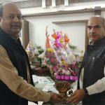 कुलपति प्रो. दिनेश कुमार ने कैबिनेट मंत्री मूलचंद शर्मा से की मुलाकात