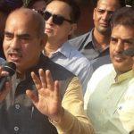 मंत्री बनने के बाद बल्लभगढ़ के लोक निर्माण विश्राम गृह में पहली बार अधिकारियों से मुखातिब हुए कैबिनेट मंत्री मूलचंद शर्मा