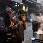 दिल्ली में ठंड का जबरदस्त प्रकोप, बर्फीली हवाओं ने लोगों को कंपाया