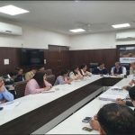 केंद्रीय मंत्री कृष्णपाल गुर्जर ने शहर के विकासात्मक गतिविधियों को निर्धारित समय पर पूरा करने के दिए निर्देश