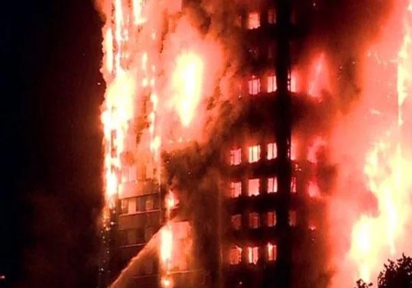 मुंबई के कमाठीपुरा इमारत में लगी आग, पांच लोग झुलसे