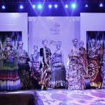 सूरजकुंड मेले की चौपाल पर गत रात्रि फैशन शो आयोजित