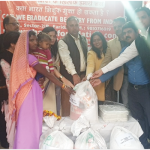 शरद फाउंडेशन द्वारा मासिक अन्न वितरण कार्यक्रम आयोजित