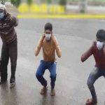 कालाबाजारी करने वाले दुकानदारों को पुलिस ने दी ऐसी सजा