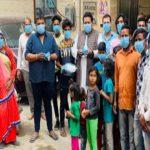 अखिल भारतीय ब्राह्मण सभा ने स्लम बस्तियों एवं गांवों में बांटे मास्क