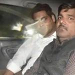 पार्षद ताहिर के सौतेले भाई समेत 4 आरोपी गिरफ्तार, पूछताछ जारी
