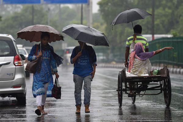 आज आंधी-बारिश का अनुमान, 1 जून को दस्तक देगा मॉनसून