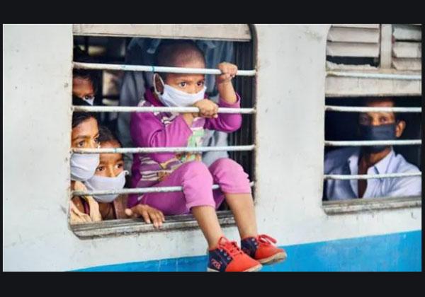जौनपुर की जगह वाराणसी पहुंच गई श्रमिक स्पेशल ट्रेन, यात्रियों ने किया हंगामा