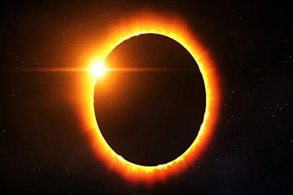 सूर्य ग्रहण शुरू, मुंबई-कश्मीर समेत भारत में कुछ ऐसा दिखा सूरज