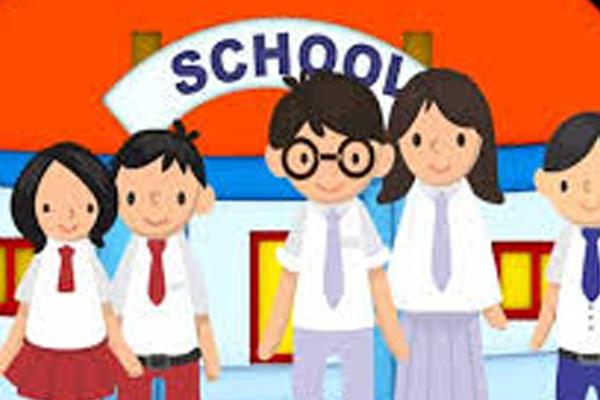 कोरोना काल में तीन घंटे के लिए स्कूल खोलने की तैयारी, मास्क और सोशल डिस्टेंसिंग जरूरी