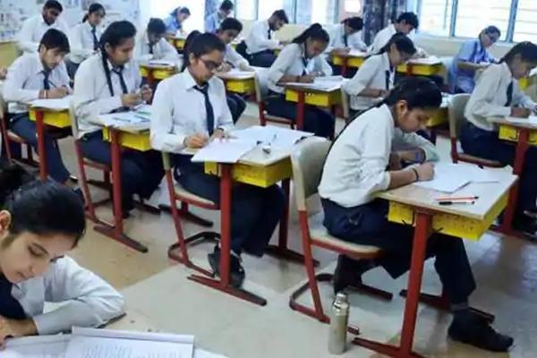 केंद्रीय विद्यालय संगठन के अनुसार 9वीं से 12वीं कक्षा के छात्र अलग-अलग दिन जाएंगे स्कूल
