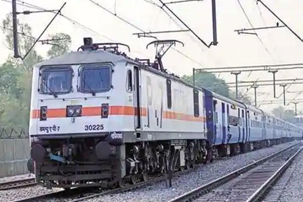 100 नई ट्रैन चलाने की तैयारी में जुटा रेलवे, त्योहारों में घर जाना होगा आसान