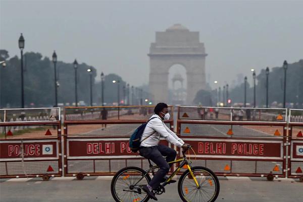 दिल्ली-एनसीआर में बढ़ते प्रदूषण लेवल को देखते हुए आज से ग्रैप नियम लागू, जनरेटर के इस्तेमाल पर लगा प्रतिबंध