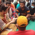 निकिता हत्याकांड: पीड़िता के परिजनों से मिलने पहुंची रेनू भाटिया