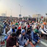 किसान आंदोलन का 36वां दिनः कड़ाके की ठंड में भी डटे हुए हैं किसान, चार जनवरी को फिर होगी बैठक