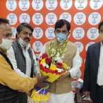 भाजपा के वरिष्ठ नेता सैयद शाहनवाज हुसैन को बिहार विधान परिषद सदस्य बनने पर दी बधाई