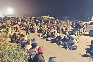 किसान आंदोलन: बहादुरगढ़ से रेवाड़ी पहुंचे किसान, कैथल में मंत्री-विधायक की कोठी घेरी