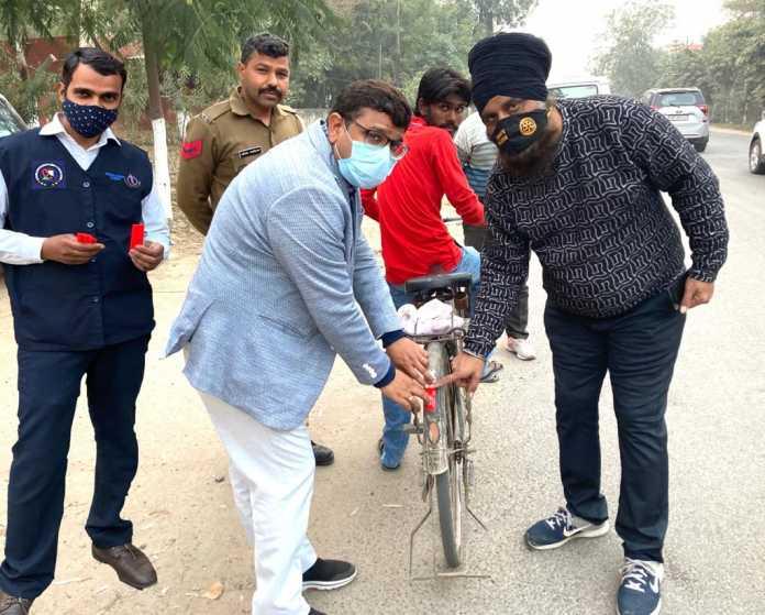 सड़क सुरक्षा नियम तोड़ने पर पुलिस से बच सकते हो परन्तु सीसीटीवी से नहीं - जितेंद्र कुमार