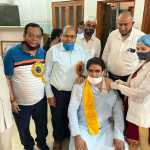 पूर्व विधायक ललित नागर ने परिवार सहित लगवाई कोरोना रोधी वैक्सीन