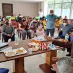 विधायक राजेश नागर ने बिल्डर से मौके पर मनवाई निवासियों की मांगें