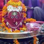 भक्तों ने लगाए बोल बम के जयकारे, शिव मंदिरों में लगी भक्तों की भीड़